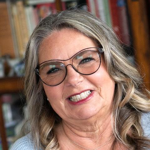 Elly Molina